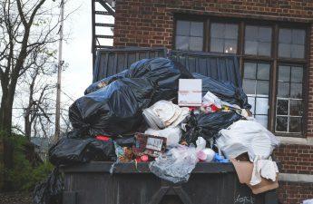 afvalbak huren
